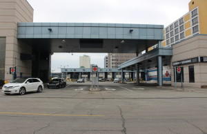 Traffic enters Canada at the Windsor-Detroit Tunnel Plaza. (Photo by Adelle Loiselle)