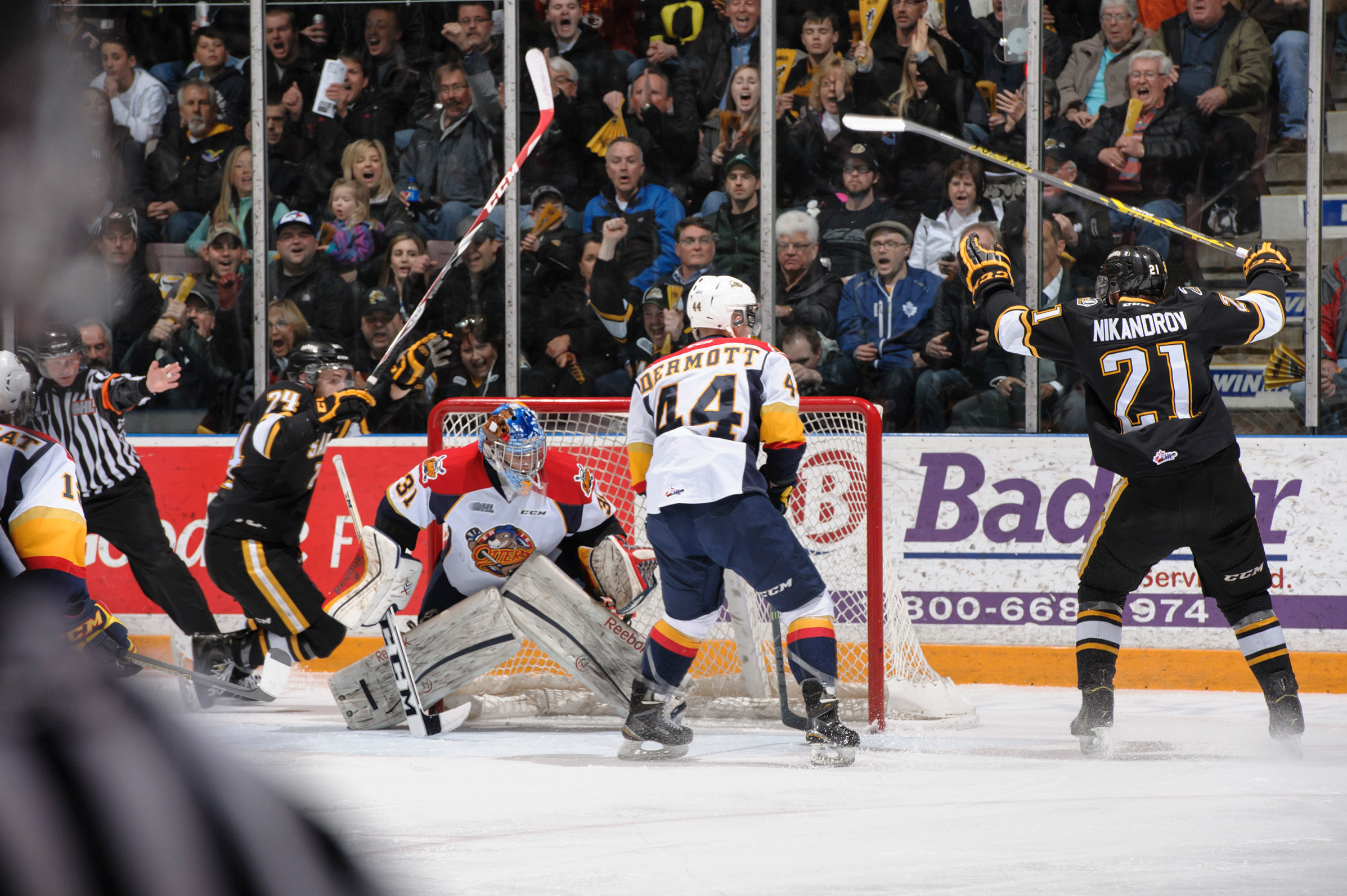 The Sting celebrate a goal in game 4 vs Erie Mar. 31, 2015 (Photo courtesy of Metcalfe Photography)
