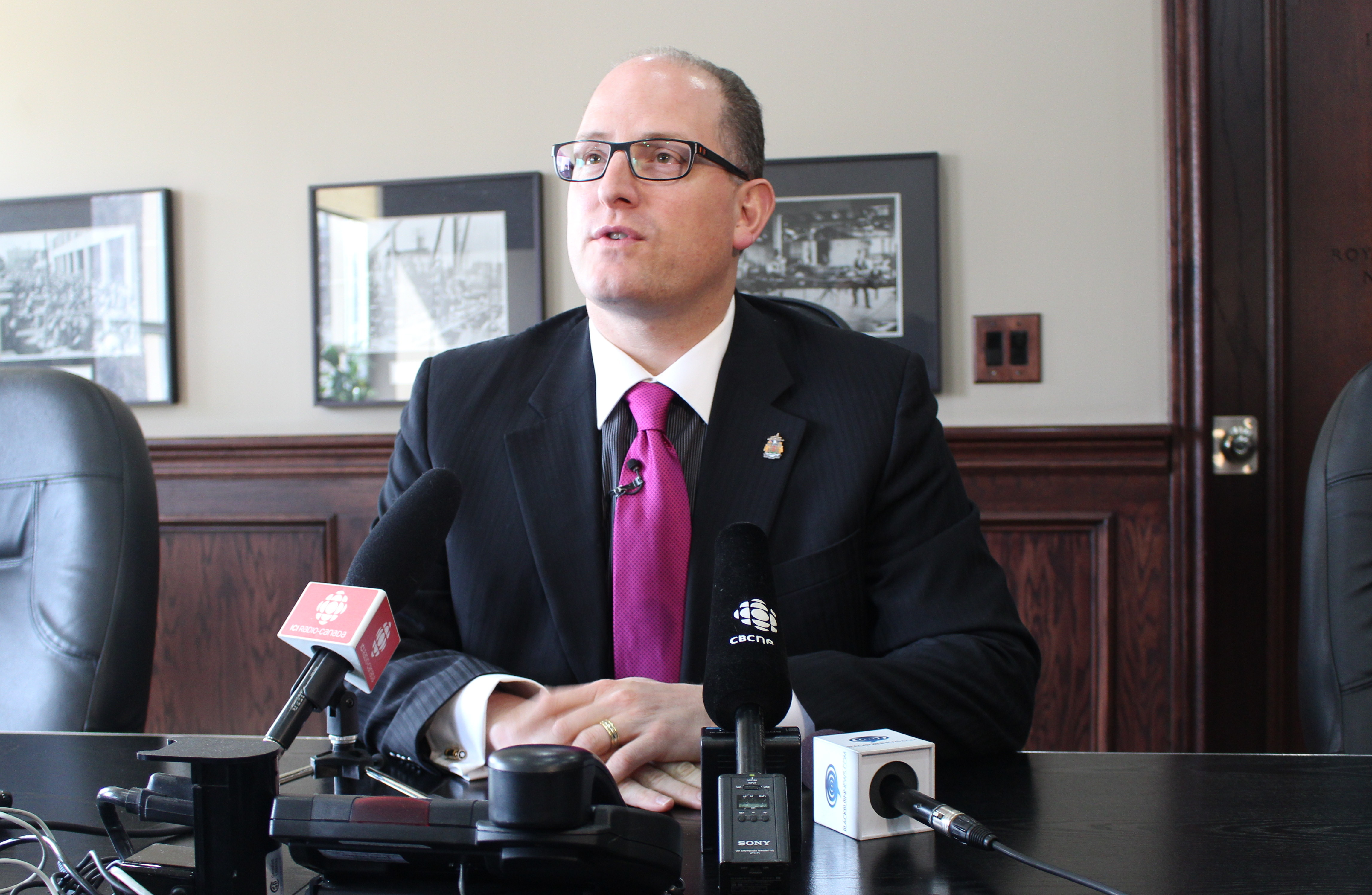 Windsor Mayor Drew Dilkens talks to the media in his office at City Hall, April 15, 2015. (Photo by Mike Vlasveld)