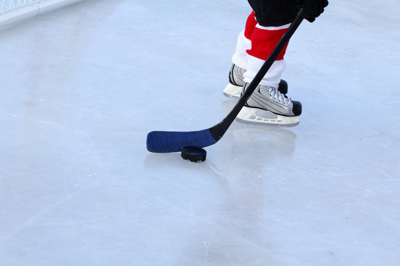 Ice Hockey. Photo courtesty of CanStockPhoto.com/Vanell