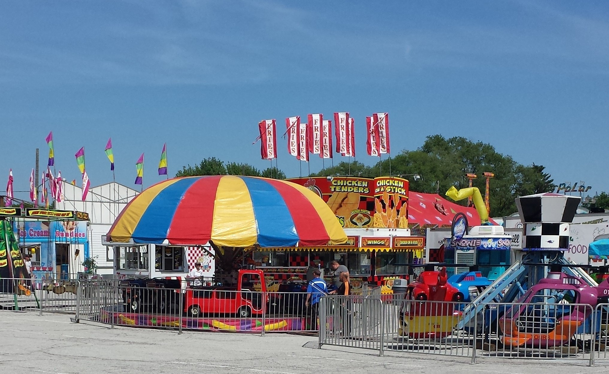 The Chatham Kinsmen Fair celebrates its 70th year during opening day, June 4, 2015. (Photo by the Blackburn Radio Summer Patrol)