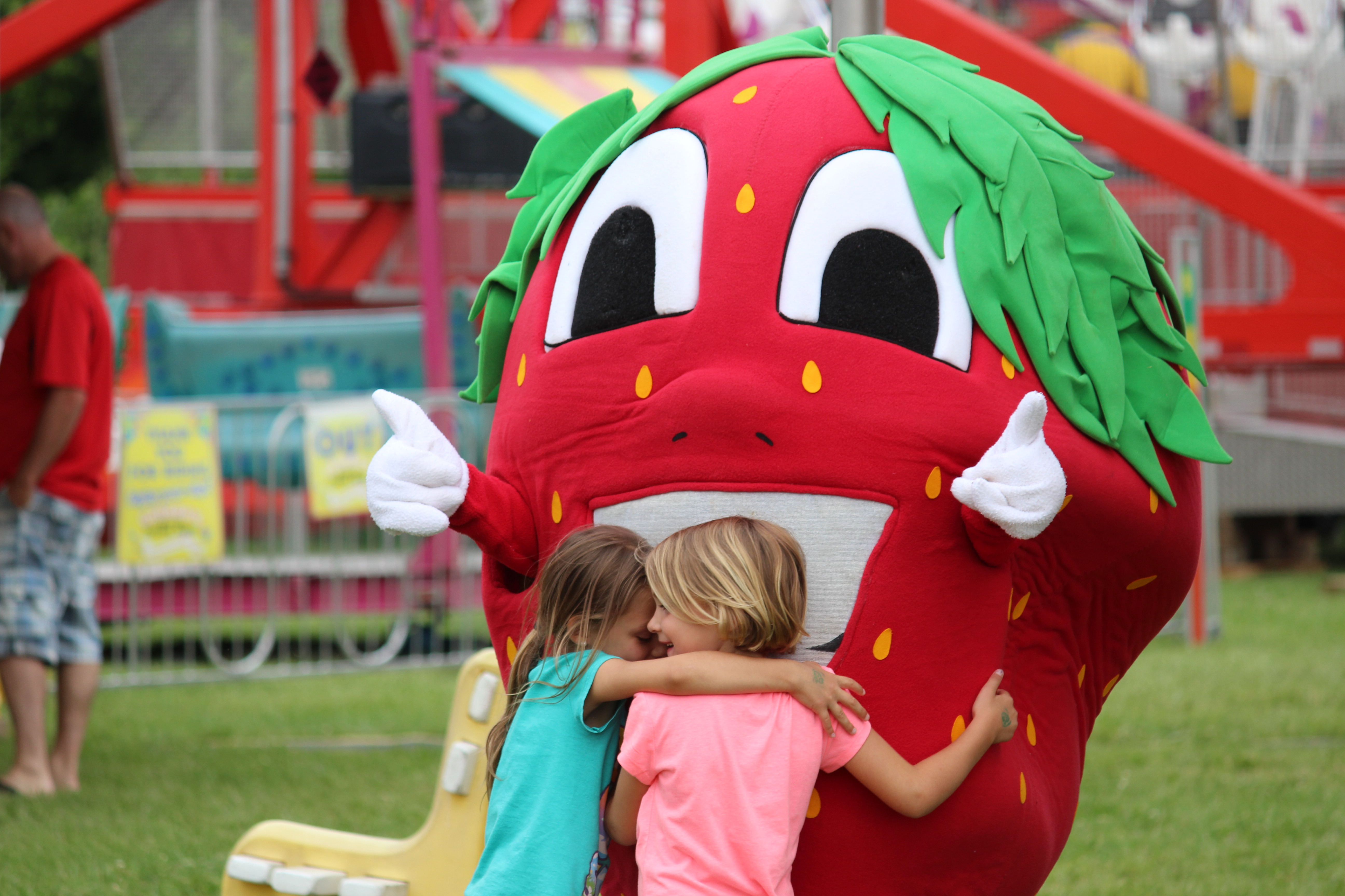 The 28th annual LaSalle Strawberry Festival, June 11, 2015. (Photo by Jason Viau)