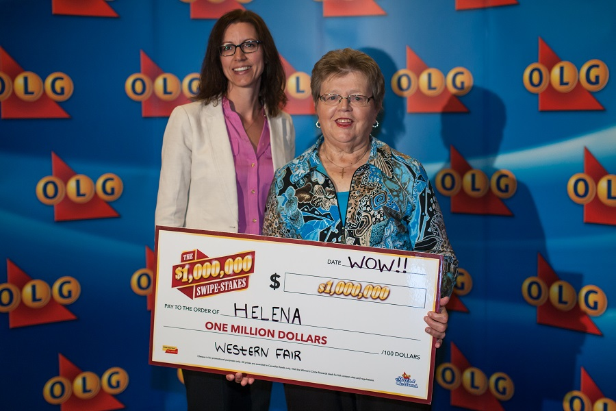 OLG Executive Director, Marketing, Deanne Rodrigue and winner Helena Vermeeren. Photo provided by the Ontario Lottery and Gaming Corporation.