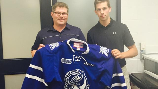 Chatham native Brendan Harrogate signs contract with Mississauga Steelheads of OHL (Photo courtesy MississaugaSteelheads.com)