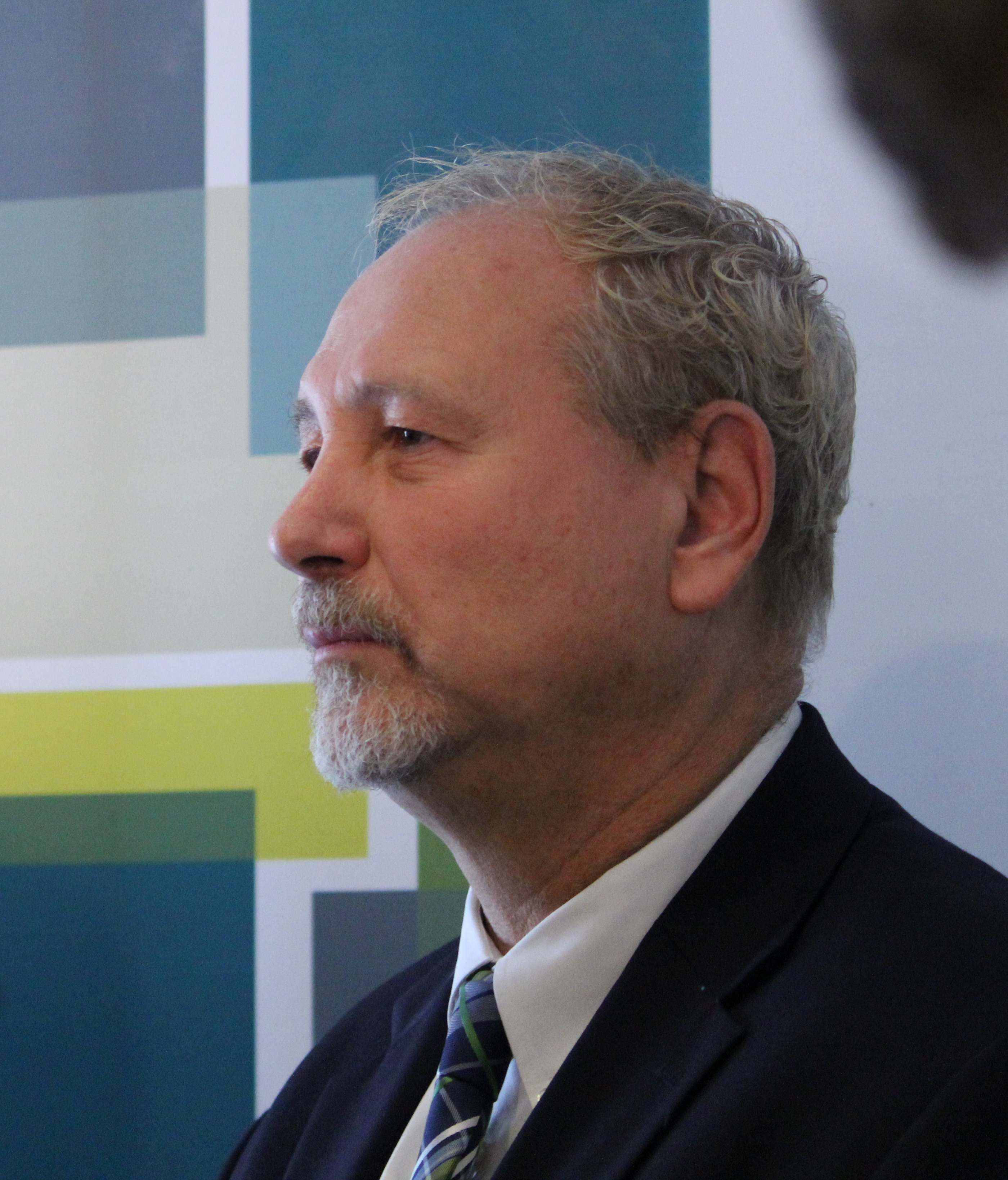 DWBIA Chair Larry Horwitz speaks to reporters on October 2, 2015. (photo by Alexandra Latremouille)