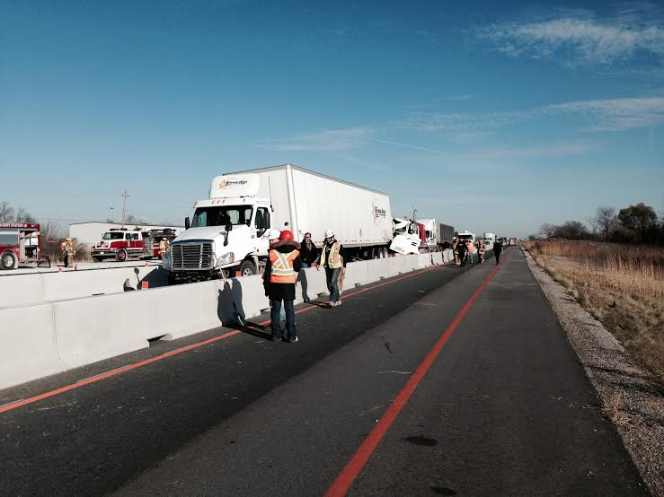 UPDATE: Hwy. 401 Reopens After Multi-Vehicle Crash