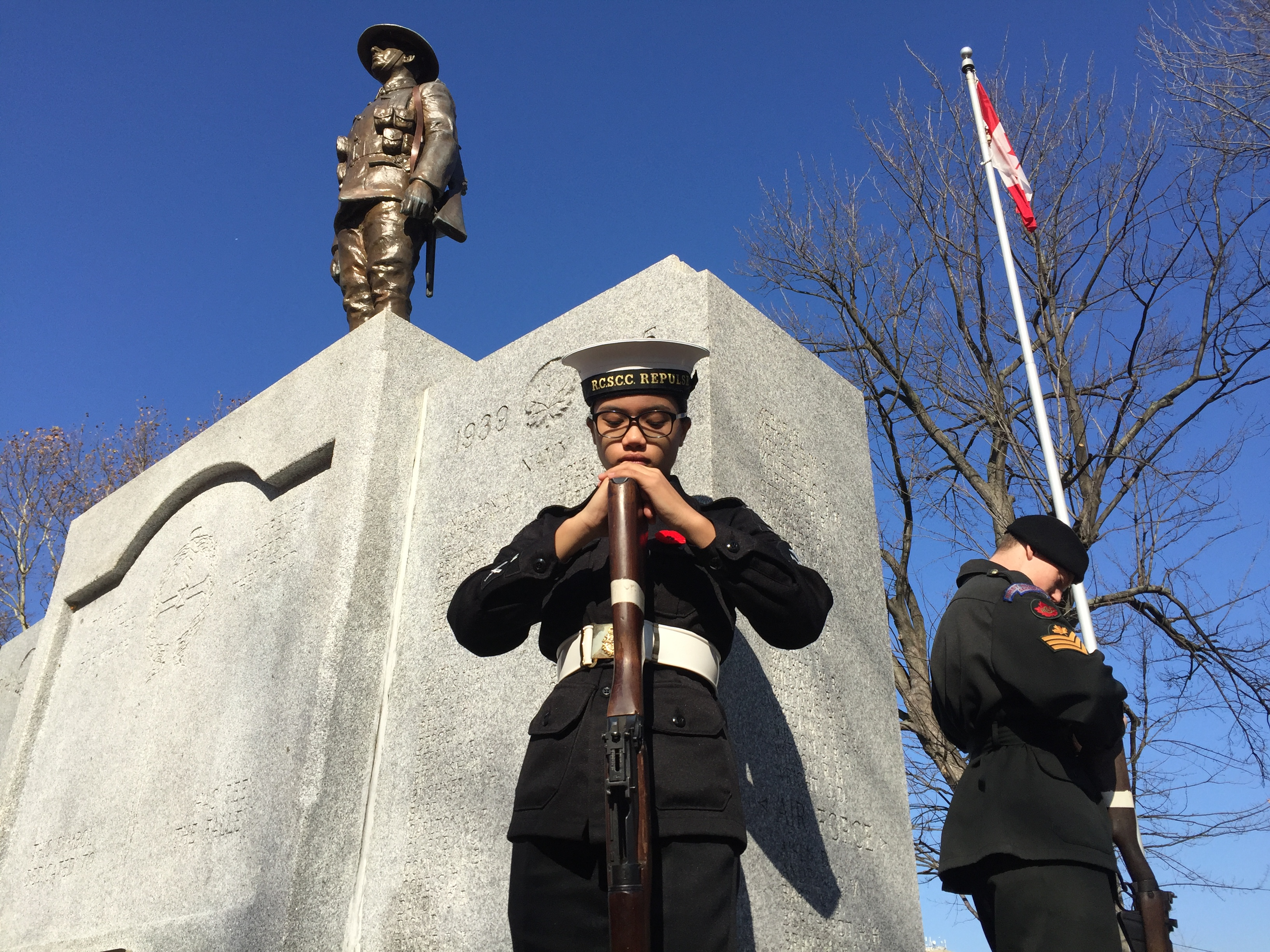Sarnia Remembrance Day ceremony at the cenotaph on Wellington St. November 11, 2015 (BlackburnNews.com Photo by Briana Carnegie)