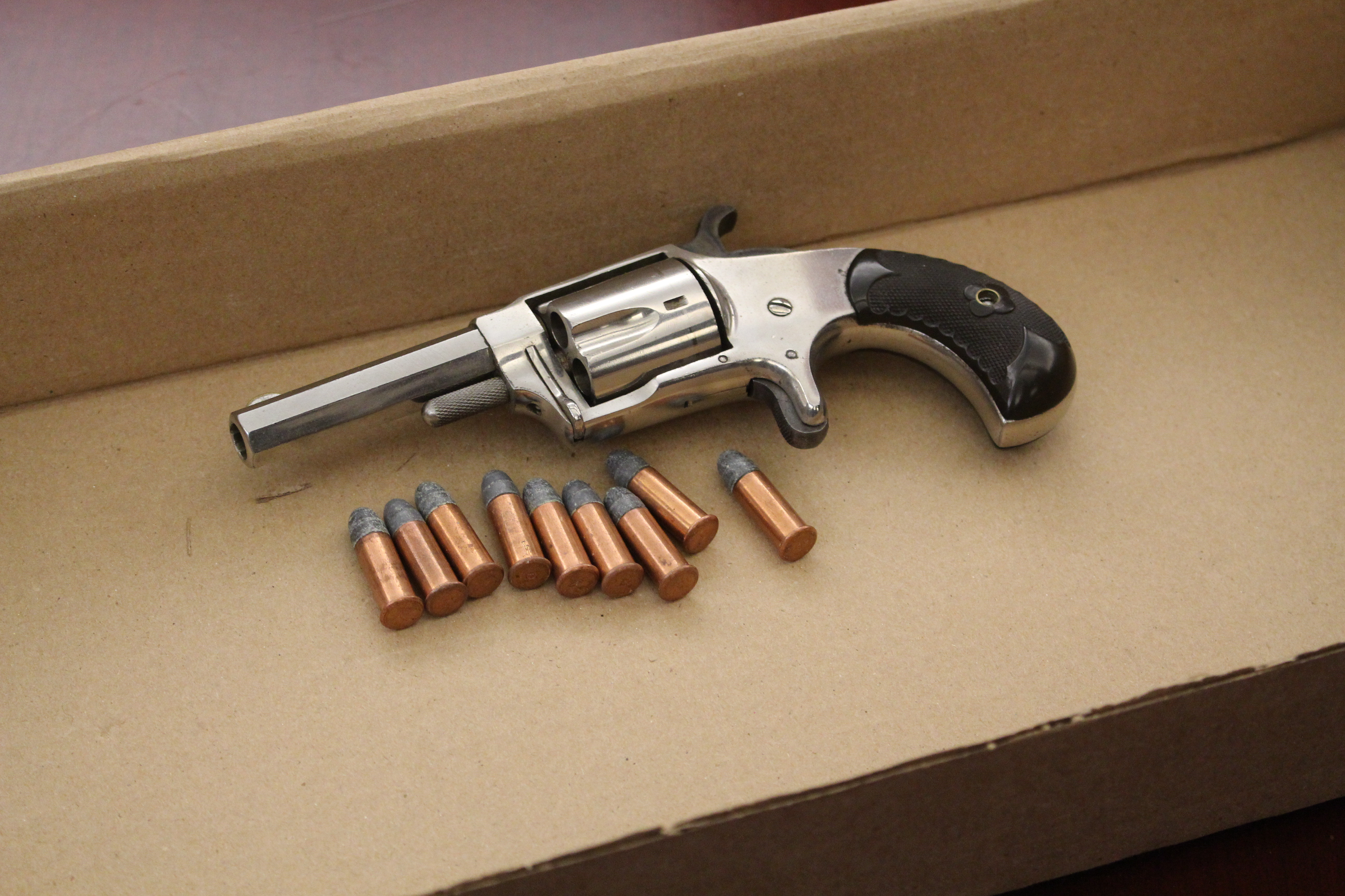 A 32 caliber revolver seized by Windsor Police during a street check, November 19, 2015. (Photo by Maureen Revait)