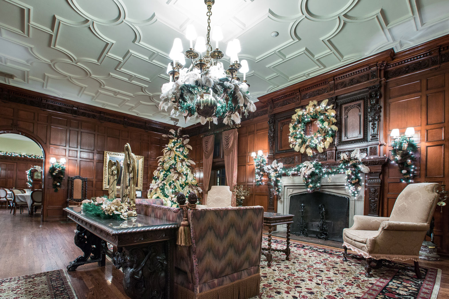 Willistead Manor decorated for the holidays. (Photo courtesy City of Windsor)