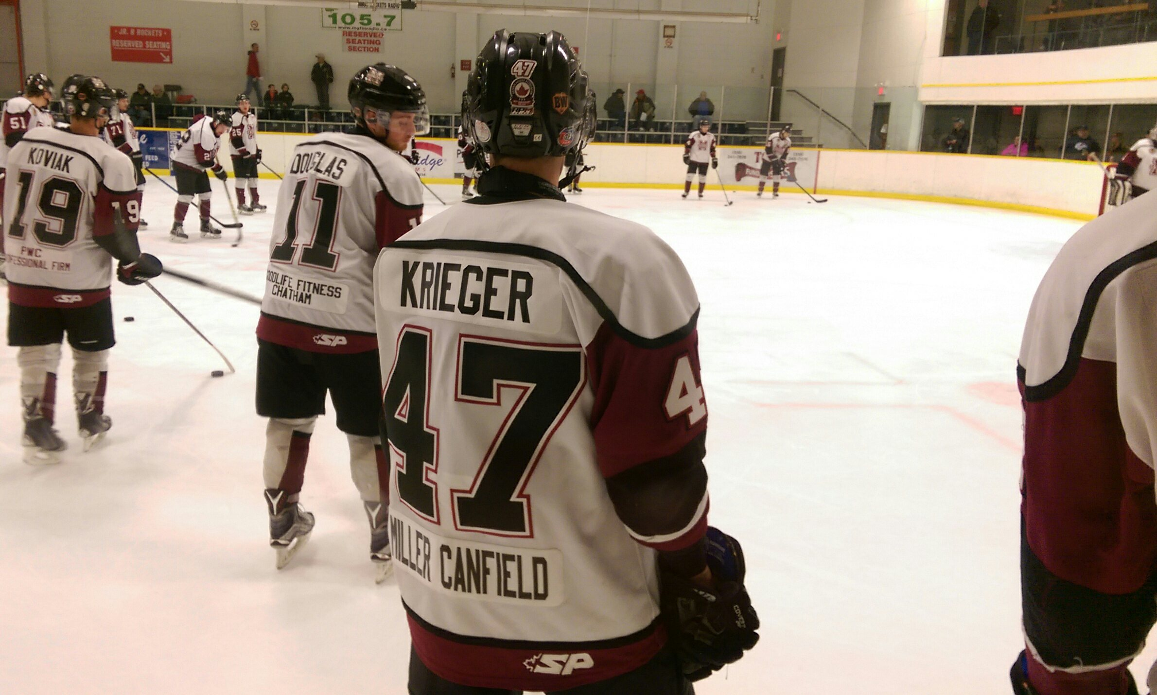 The Chatham Maroons' Ross Krieger warms up before a game against the Strathroy Rockets, December 19, 2015. (Photo by Matt Weverink)