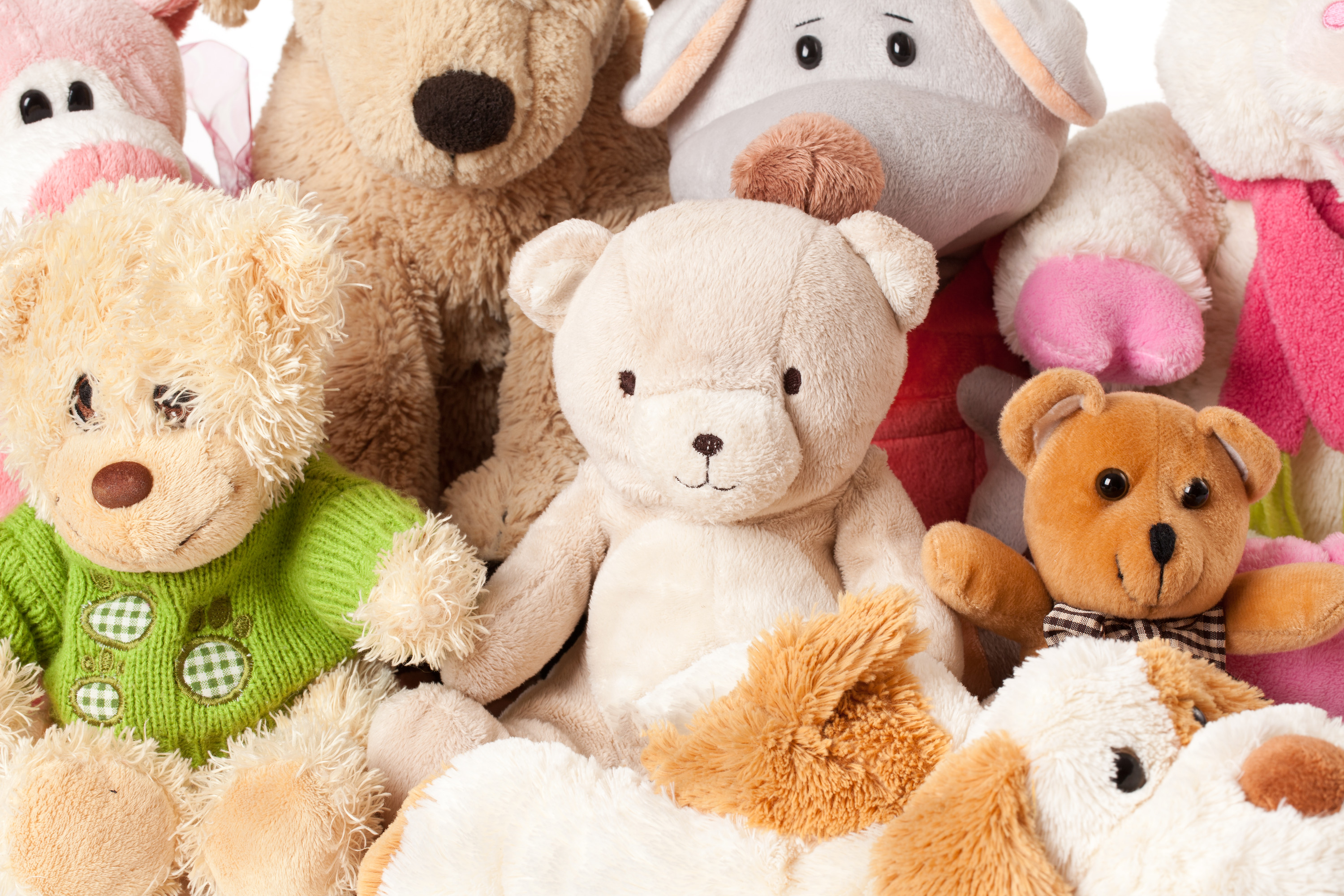 Corvette Club donates teddy bears to Saugeen Shores police and fire services - BlackburnNews.com