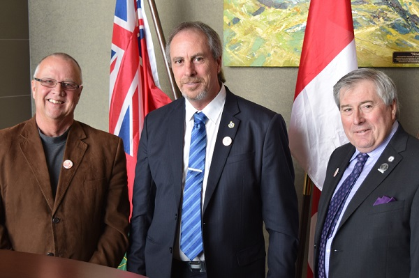 (Left to right) Simcoe County Warden Gerry Marshall, Chatham-Kent Mayor Randy Hope, and Wellington County Warden George Bridge at the Western Ontario Wardens' Caucus meeting in Chatham February 12, 2016. (photo submitted)