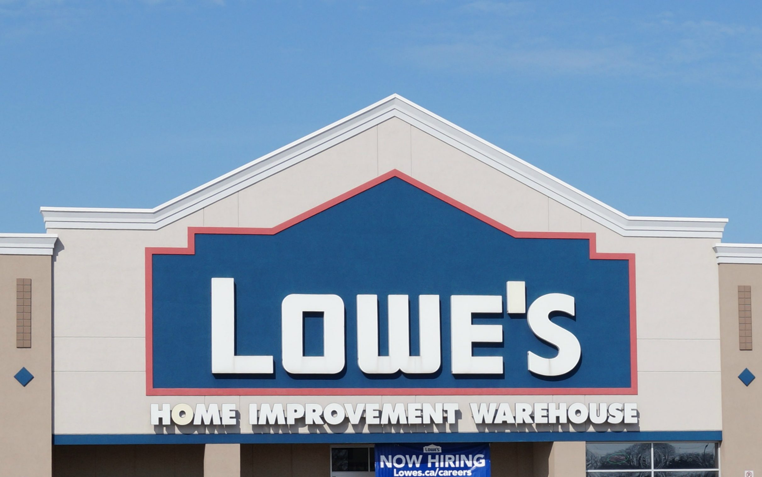 Another Lowe's opens in Windsor