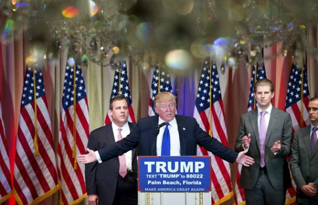Chris Christie says he wasn't held hostage by Donald Trump, won't resign
