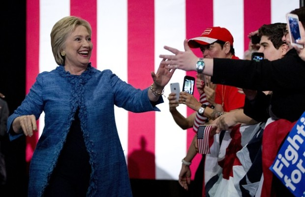 Super Tuesday primaries: Donald Trump, Hillary Clinton lead United States presidential race