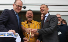 Windsor Mayor Drew Dilkens, left, IKEA Windsor's store manager and IKEA Canada President Stefan Sjostrand perform the ribbon cutting, April 4, 2016. (Photo by Jason Viau)