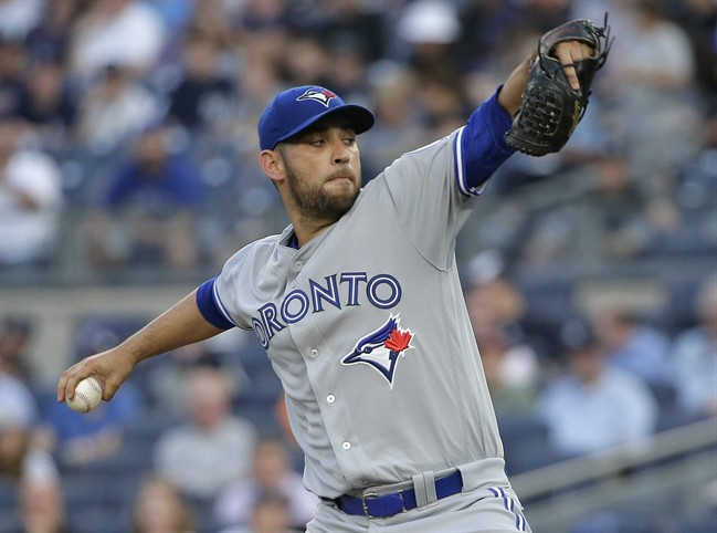 Martin Hits Home Runs, Jays Top Yankees