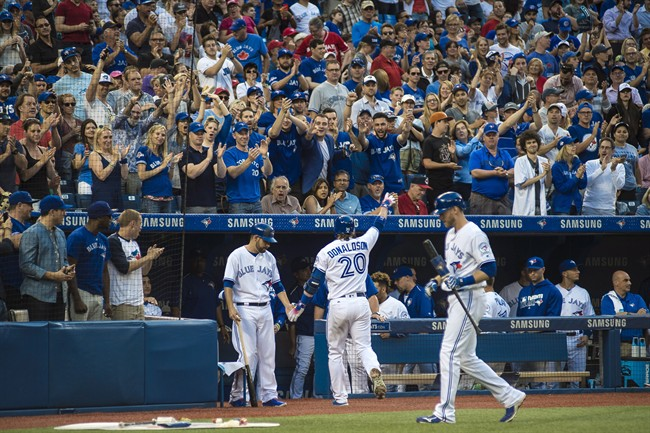 Indians beat Blue Jays for 13th straight win