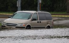 Heavy rain in Windsor-Essex caused flooding across many roadways in the region, also affecting homes and businesses on September 29, 2016. (Photo by Ricardo Veneza)