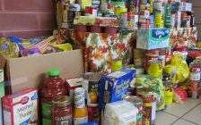 Food donations for the London Food Bank. (Photo by Miranda Chant, Blackburn News.)