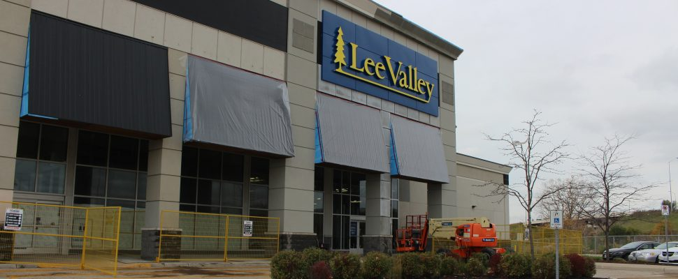Lee Valley on Howard Ave. in Windsor opens Friday November 4, 2016. (Photo by Maureen Revait)