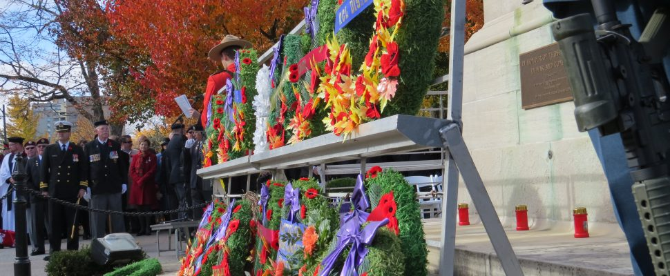 Remembrance Day ceremony at the Cenotaph in Victoria Park in London, November 11, 2016. (Photo by Miranda Chant, Blackburn News.)