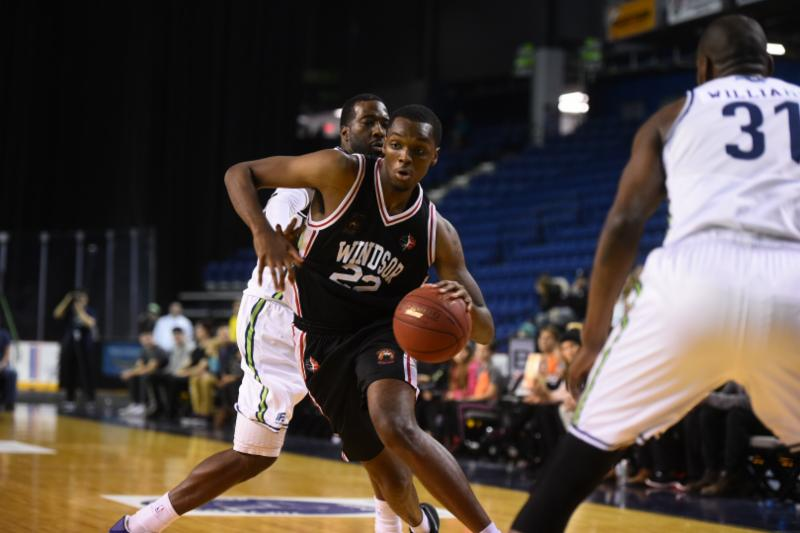 River Lions Maul Express 117-99