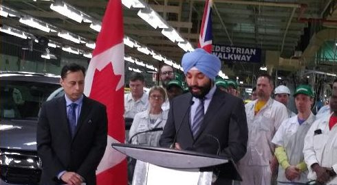 Federal Minister of Innovation, Science and Economic Development, Navdeep Bains at Honda in Alliston, Ontario January 9, 2017. Courtesy of @MinisterISED