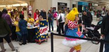 Clarol the Clown blows up a balloon for a child during Family Day activities at Devonshire Mall in Windsor on Feb 20, 2017 (Photo by Mark Brown/Blackburn News)