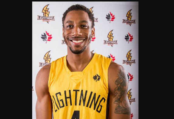 Photo of Marcus Capers from lightningbasketball.ca
