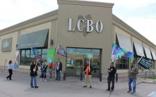 LCBO employees holds information picket outside of LCBO on Howard Ave. in Windsor. May 19, 2017. (Photo by Maureen Revait)