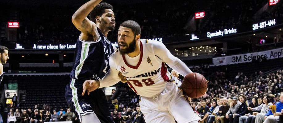 Royce White in game action with the London Lightning (Photo courtesy of London Lightning/NBL Canada)