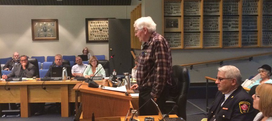 Bill Parks addresses CK council May 15, 2017. (Photo by Paul Pedro)