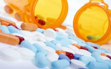 Stock image of pills, capsules and tablets. (Photo courtesy of © Can Stock Photo / iodrakon)