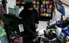 Police say this suspect robbed the Pioneer Gas Bar on Murphy Road on May 13, 2017. (photo from Sarnia Police)