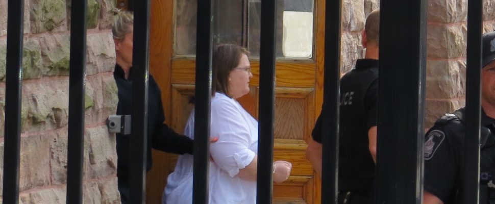 Convicted killer ex-nurse Elizabeth Wettlaufer leaves the Woodstock courthouse, June 1, 2017. (Photo by Miranda Chant, Blackburn News.)