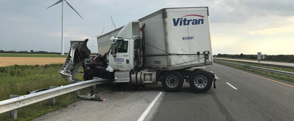 Police responded to a jack-knifed tractor trailer on Hwy. 401 in Chatham-Kent, July 13, 2017. (Photo courtesy of the OPP)
