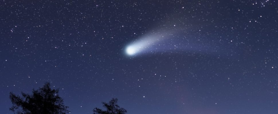 Generic meteor shower. (Photo by © Can Stock Photo / Rastan)