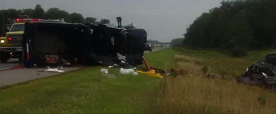 Police respond to a fatal multi-vehicle crash on Hwy. 401 in Dutton, August 29, 2017. (Photo courtesy of the OPP)