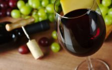 Glass of wine. (Photo by © Can Stock Photo / ildi)