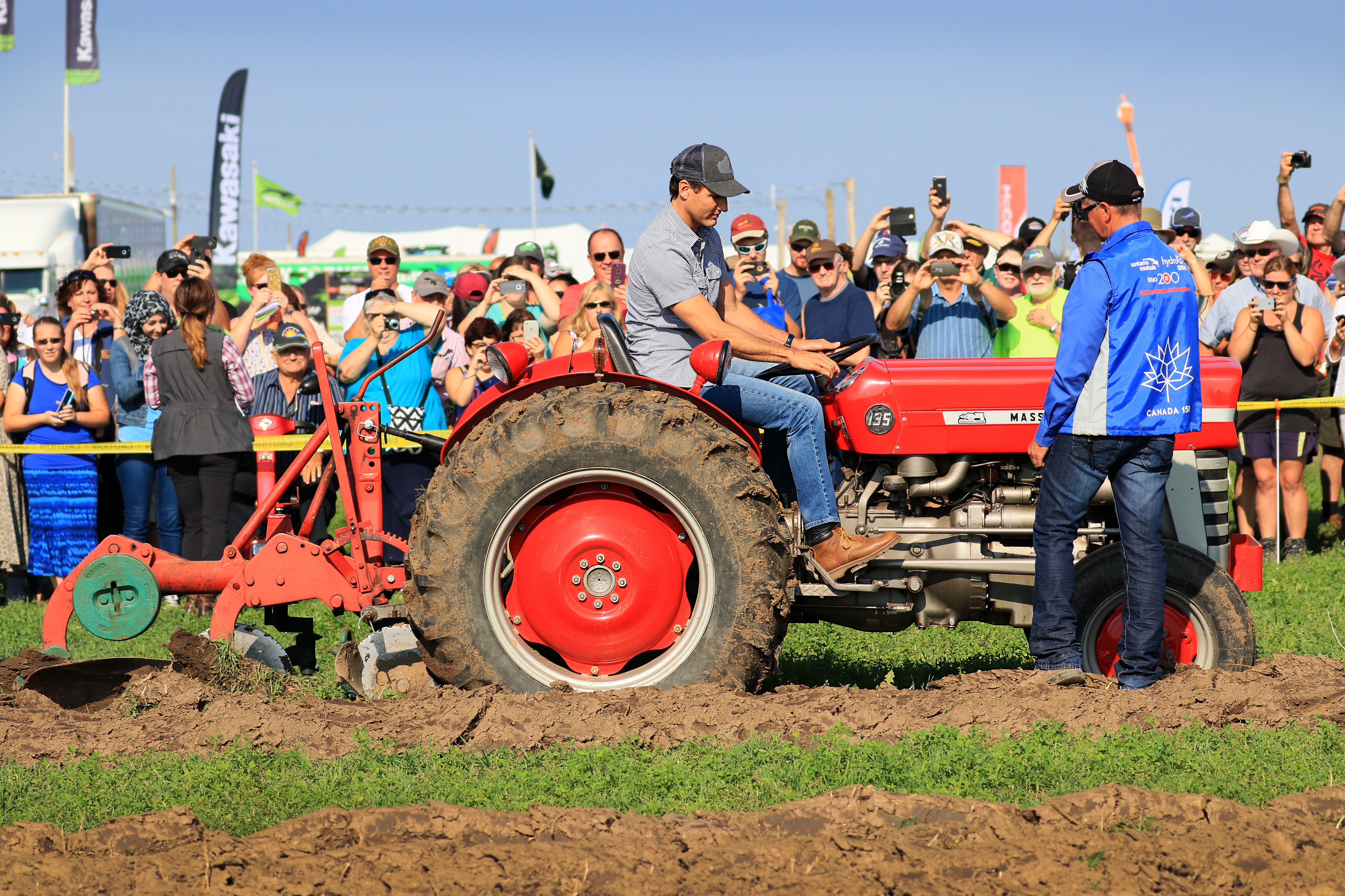 Canadian Prime Minister Arrives At IPM In Walton (VIDEO)