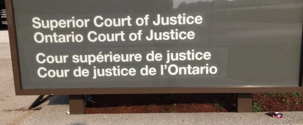 Sign outside of the Superior Court of Justice in Chatham, ON. Sept 25, 2017. (Photo by Paul Pedro)