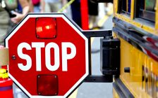 Stopped school bus. (Photo by © Can Stock Photo / Vonora).