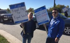 (Left to Right) Shahram Karimi; Professor & NSERC Industrial Research Chair Alternative Energy Engineering Technology and Alan Warren; Coordinator of Mathematics and Physics picket at the entrance to Lambton College. October 18, 2017 (Photo by Melanie Irwin)