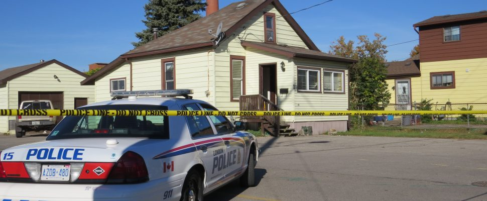 A home on Lansdowne Ave. is surrounded by police tape after a man was stabbed to death on Monday, October 2, 2017. (Photo by Miranda Chant, Blackburn News)