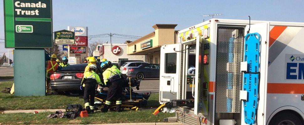 Car gets t-boned in Chatham at Keil Dr. and McKinnon. Nov 14, 2014. (Photo by Paul Pedro)