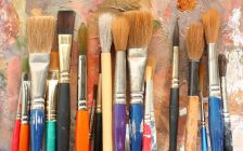 Paint brushes. (Photo by © Can Stock Photo / toschiy).