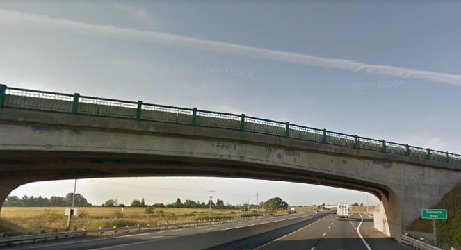 Glanworth Bridge. (Screenshot from Google Maps).