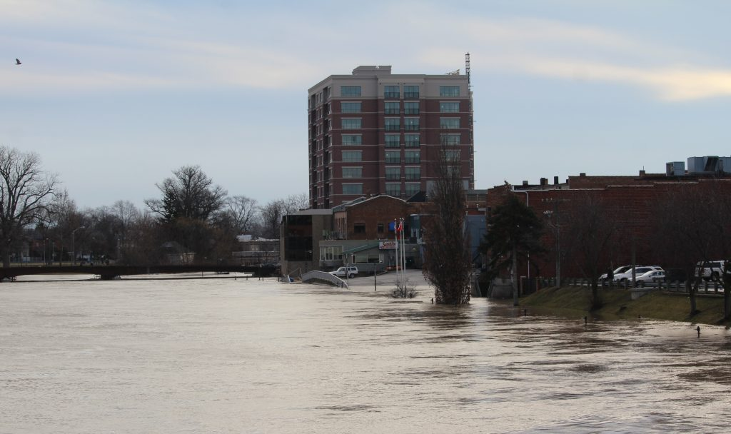 flooding at fifth st. bridge