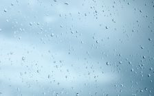 Rain on window (Photo by © Can Stock Photo / pzAxe)